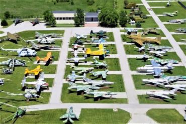 Музеят на авиацията отбелязва Международния ден на авиацията с фотоизложба и любопитна презентация
